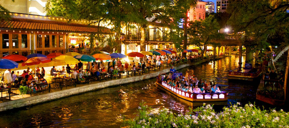 riverwalk at night